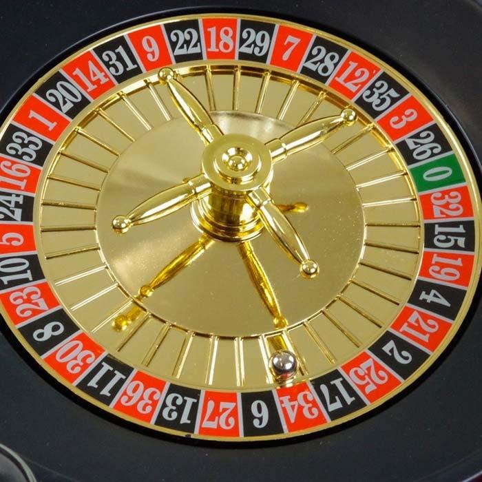 Relaxdays Roulette russa alcolica con 16 bicchierini gioco da tavolo festa amici divertimento ...